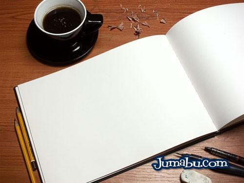 Plantilla Mock Up de Cuadernito de Ilustraciones